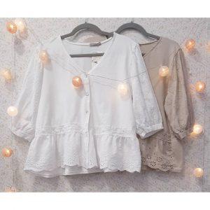 Camisa romántica